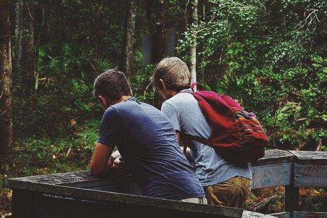 Glücklich werden - Freunde sind der Mörtel
