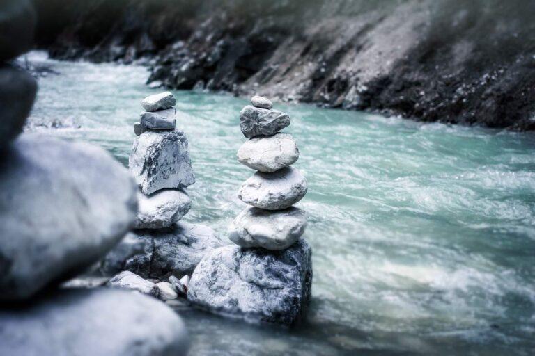 Über große und kleine Steine